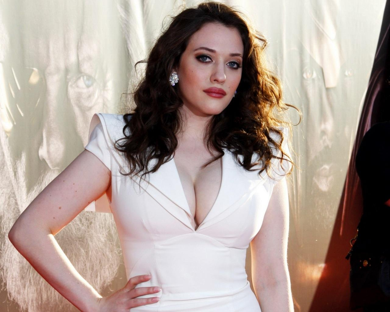 Kat Dennings Pictures